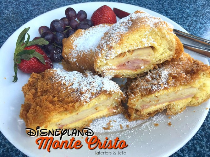 14 amazing foods to eat at disneyland. We have been visiting Disneyland for 20 years and here are our favorite foods!