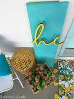 Make a DIY 3-Dimensional Spring Sign