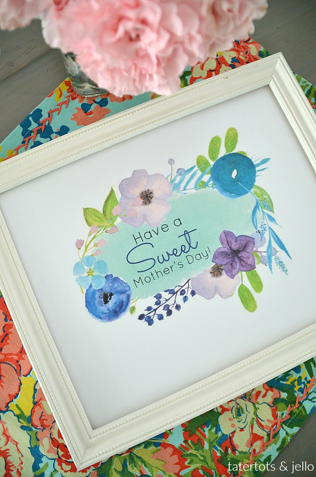 Sweet Mother Day Lazy Susan Gift Idea and Watercolor Printables