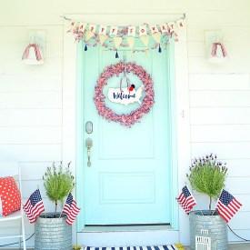 Patriotic Fourth of July Flag Wreath Tutorial