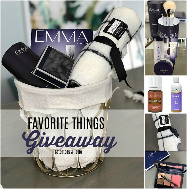 favorite things giveaway! My favorite day of the year - I share MY favorite things and YOU can win!