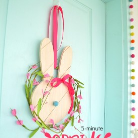 5-Minute Spring Bunny Wreath – easy to make and perfect for Easter!