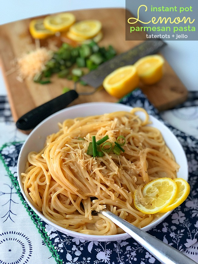 How to make Instant Pot Lemon Parmesan Pasta. It's So easy! In 8 minutes you can have perfect lemon parmesan pasta for your family. Make it in your pressure cooker for a quick dinner idea!