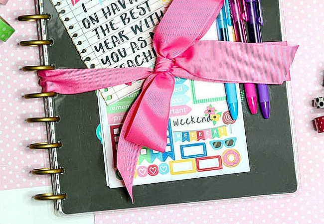 Back to School Planner or Notebook Teacher Gift Idea and Free Printable Tags!