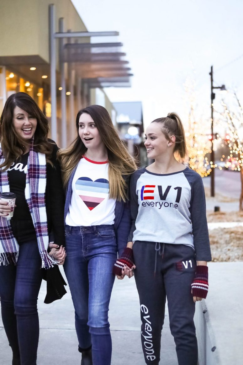 Ellen Degeneres and Walmart have partnered in EV1, a line of high-quality, affordable, stylish clothing for every woman. I am sharing some of our favorite items from the EV1 line.