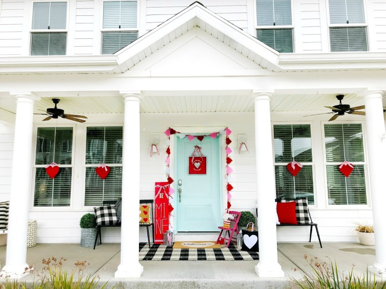 6 Ways to Create a Colorful Be Mine Valentine's Day Porch! Easy and inexpensive ways to create a bright and colorful Valentine's Day front door!