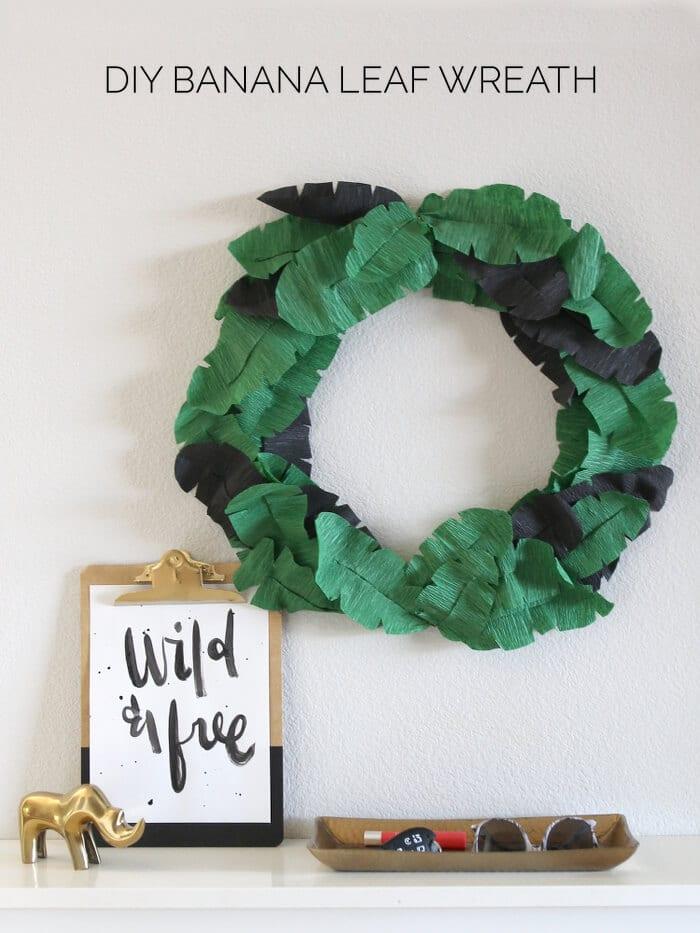DIY Banana Leaf Wreath