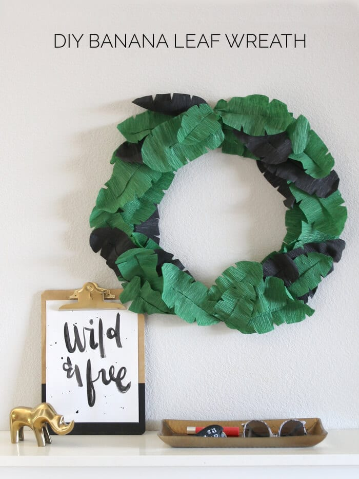 DIY Banana Leaf Wreath