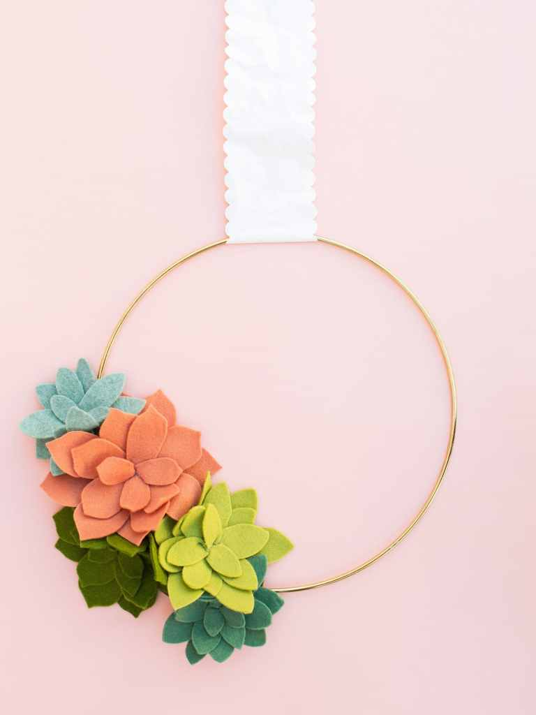 DIY Modern Felt Succulent Wreath