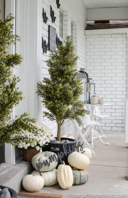 Halloween Fall Porch @ Start A Home Decor