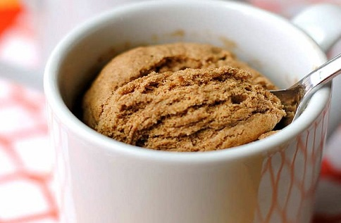 Skinny Pumpkin Spice Mug Cake - 7 Weight Watchers Smart Points @ Pointskitchen