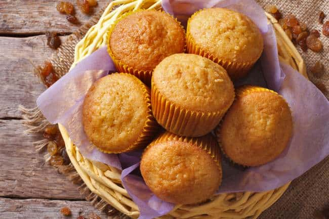 Weight Watchers Pumpkin Spice Cake Muffins - 2 PointsPlus @ Simple Nourished Living