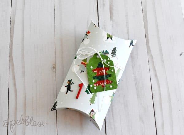 Paper Christmas Advent Countdown Calendar tutorial.