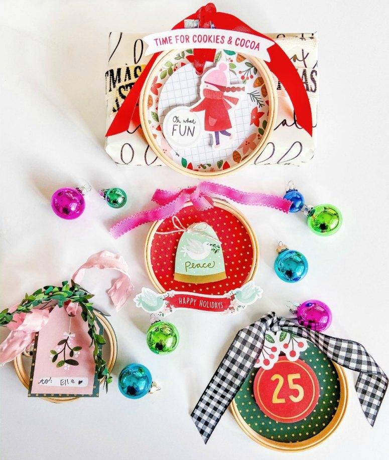 Décorations de cadeaux de vacances de cerceau de broderie.  Créez d'adorables ornements de décorations de cadeaux de vacances avec des cerceaux à broder et du papier!  Ils peuvent être utilisés chaque année comme ornements.