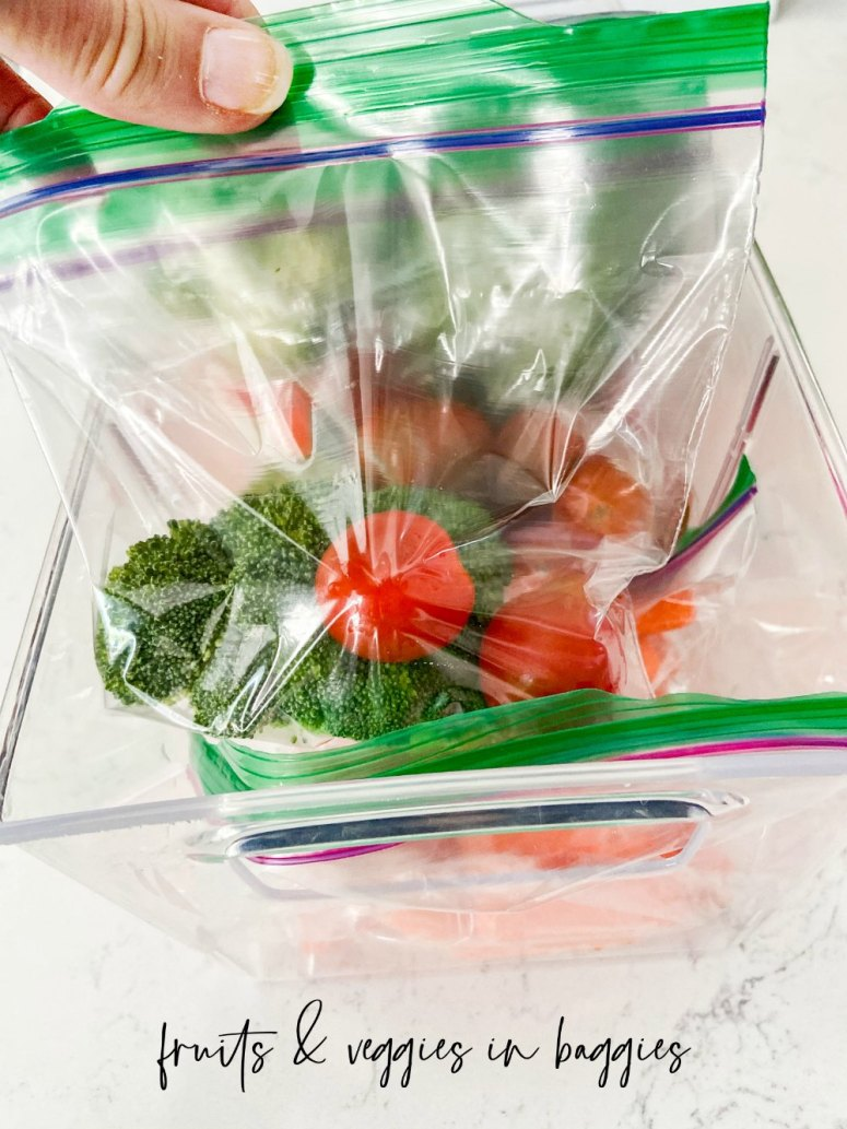 Easy Kids' Grab-and-Go Snacks and Lunches! With kids home more, here are some easy ways for them to grab healthy snacks and lunches with no fuss!