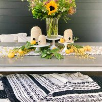 How to Arrange Summer Grocery Flowers