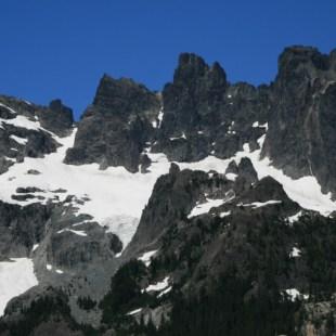 Lemah Mountain Ramparts