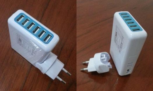 Adaptador com 6 portas USB.