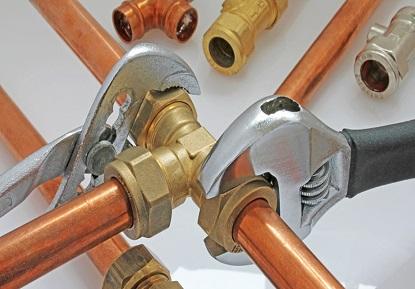 plombier pas cher chauffe-eau réparation fuite d'eau