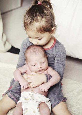 iki çocukla, İki Çocukla Hayat, Tatlı Bir Telaş