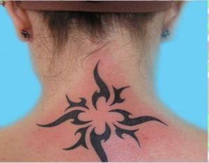 tatouage nuque maori