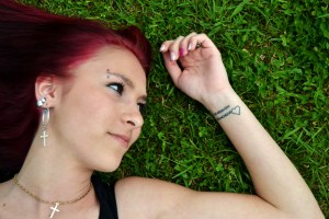 À partir de quel âge peut-on envisager un tatouage pour un adolescent ?