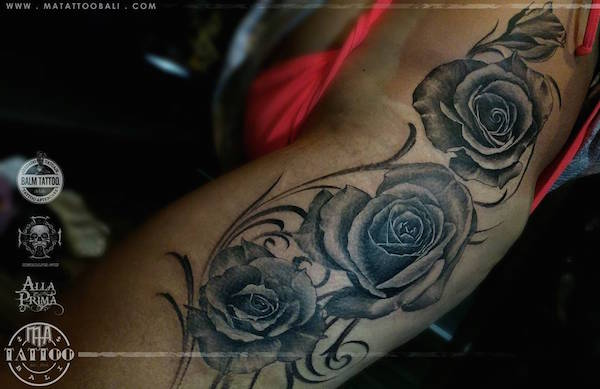Black and grey roses by Prima MA TATTOO BALI