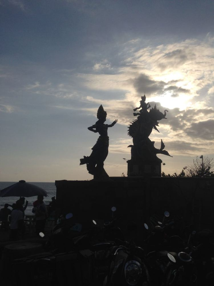 Balinese mermaid statues Pererenan Beach