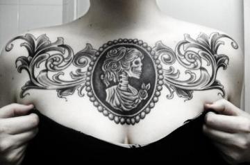 Girl's beautiful chest tat