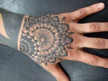 Awesome Black Mandala Hand Tat