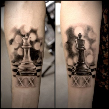 King Queen & Chess Pieces