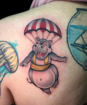 Skydiving Hippo