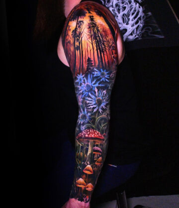 Forest sleeve with Mushrooms & Flowers