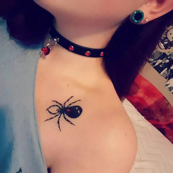 collarbone tattoo design