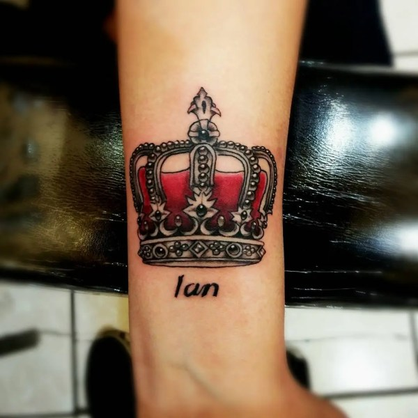 King And Queen Crown Tattoo - Design & Meanings