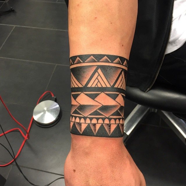 Armband Tattoo Ideas With Meaning