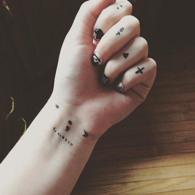 Tattoo Designs On Hand For Girl