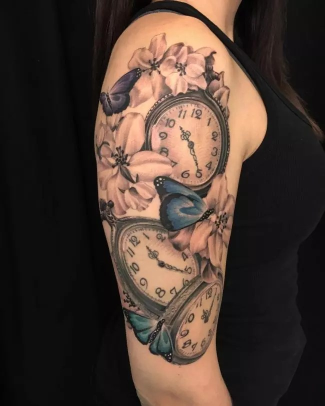 Double Pocket Watch Tattoo : double, pocket, watch, tattoo, Timeless, Pocket, Watch, Tattoo, Ideas, Classic, Fashionable, Totem