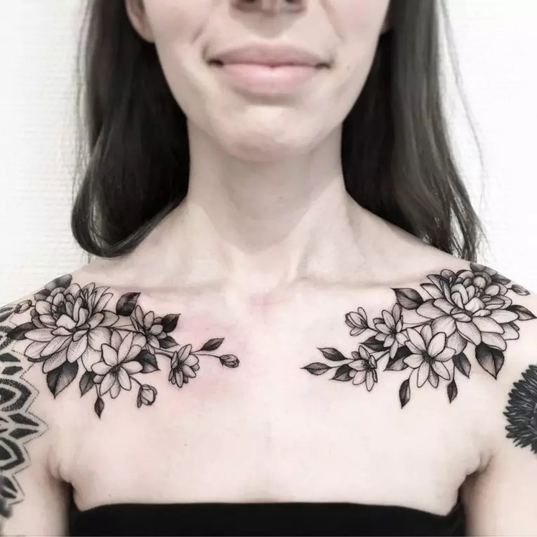 Tattoo Collarbone Flower