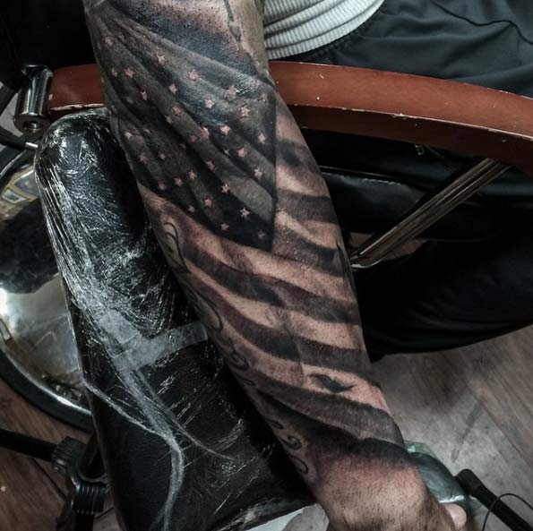 20 Cannons Patriotic Tattoos Black And White Ideas And Designs