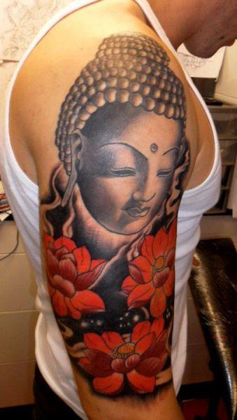 Tatouage Épaule Fleur Bouddha Par Hell To Pay Tattoo