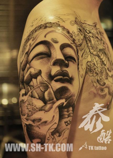 Tatouage Épaule Bouddha Religieux Par Sh Th