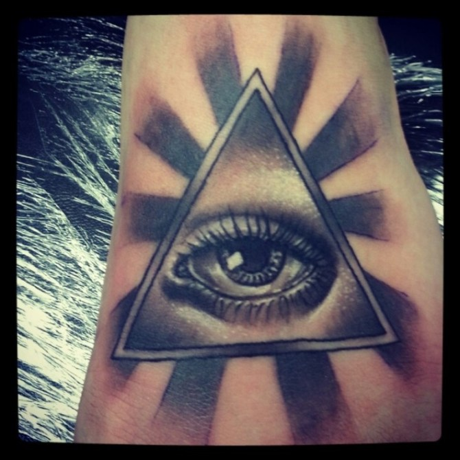 20 Pyramid Tattoos Tattoofanblog