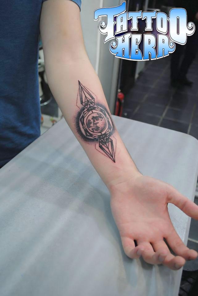 Erkekkoldovmeleri3  Tattoo Hera