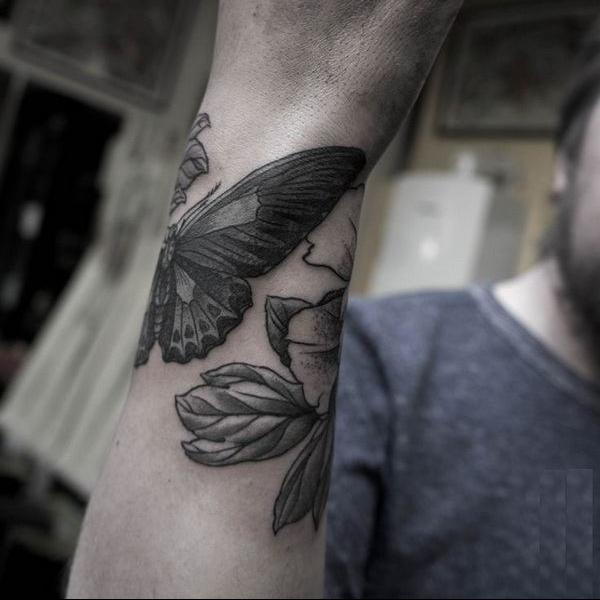 wrist-tattoos-30.jpg
