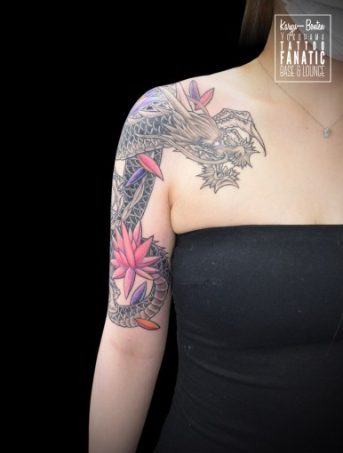 龍 蓮 dragon lotus sleeve