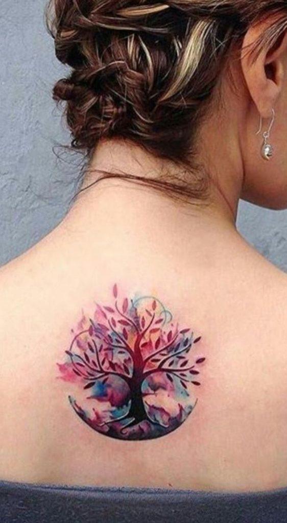 Tattoo arbre coloré