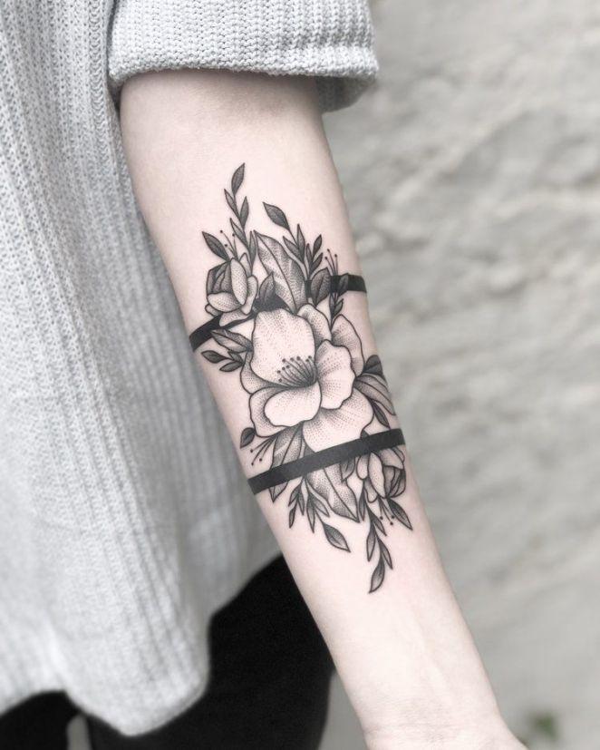 Motif Decoratif Tattoo Magnifique Tatouage Fleur De Lys 20 Photos