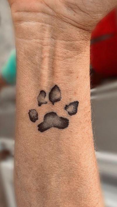 Dog Paw Print Tattoo On Wrist : print, tattoo, wrist, Adorable, Tattoos, Ideas, Homage, Furry, Friend, Tattoo