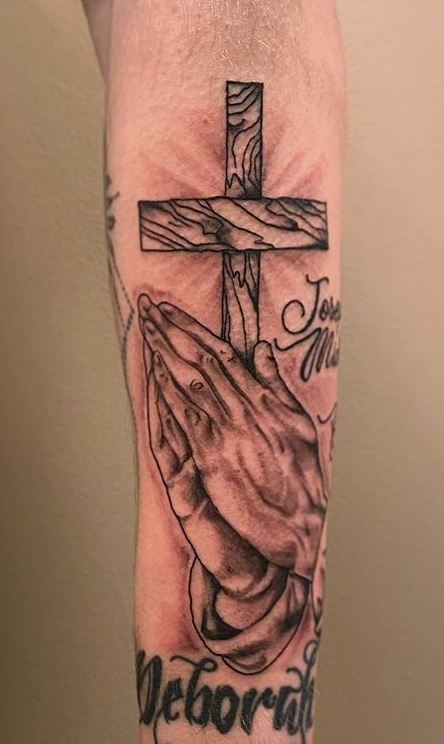 Praying Hands With Cross Tattoos : praying, hands, cross, tattoos, Amazing, Praying, Hands, Tattoos, Ideas, Meanings, Ultimate, Collection, Tattoo